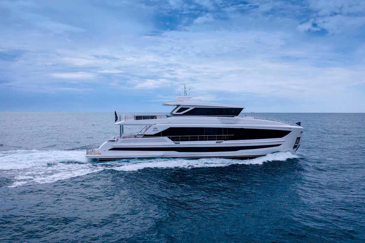 Horizon Yachts запускает яхту FD90 длиной 27,4-метра | фото