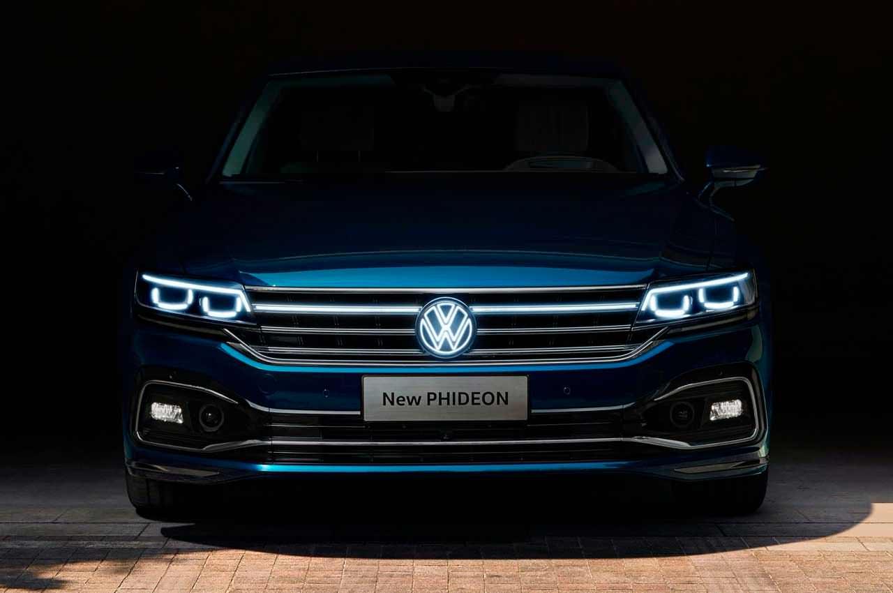 Топовый седан Volkswagen Phideon пережил рестайлинг | фото