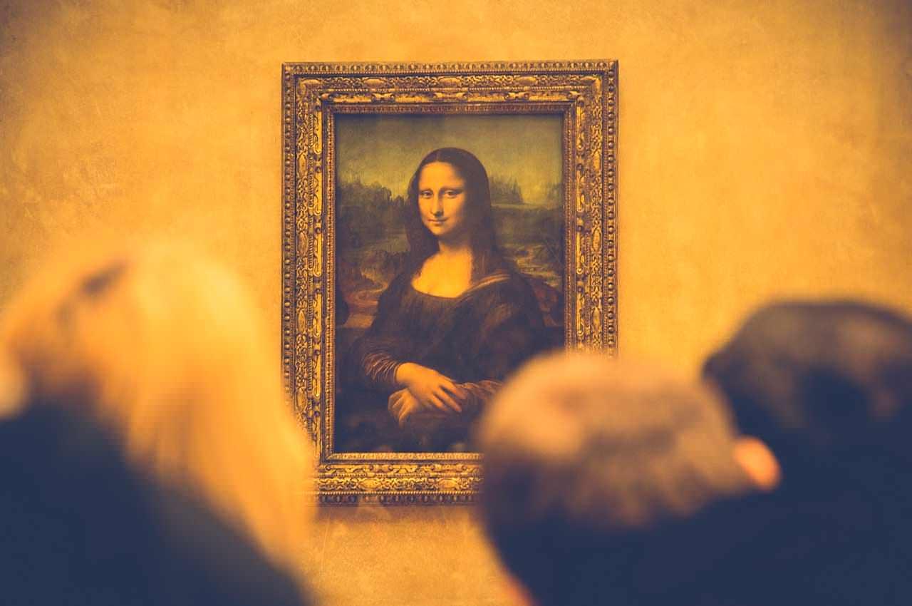 Лувр выставляет на аукцион аудиенцию с Моной Лизой из-за COVID-19