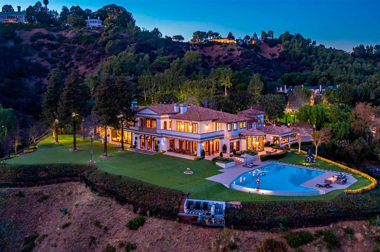 Сильвестр Сталлоне продаёт дом в Беверли-Парк за $110 млн | фото