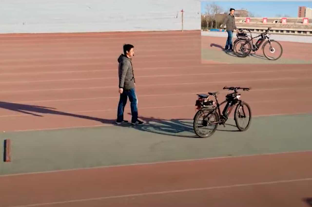 В Китае создан велосипед с автопилотом. Едет без райдера