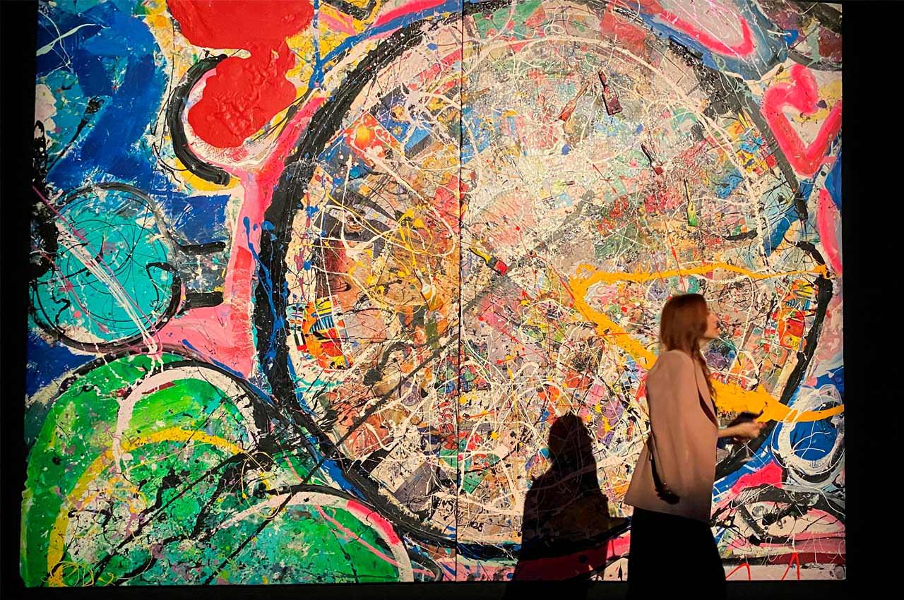 Самая большая картина на холсте продана на аукционе в Дубае