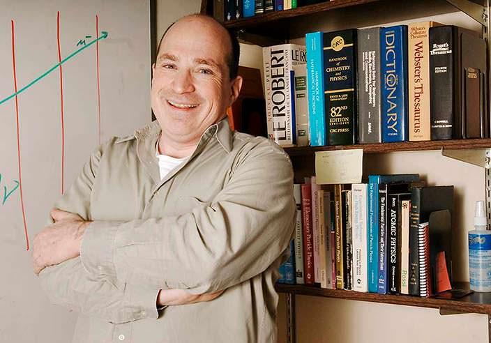 Дэвид Салцберг - научный консультант «Теории большого взрыва»