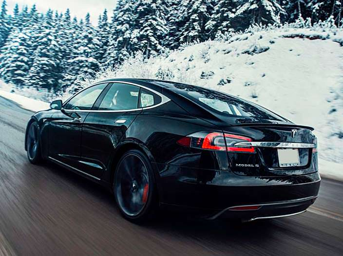 Фото Tesla Model S P85D