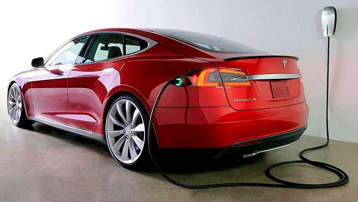 Фото | Зарядка Tesla Model S P85D
