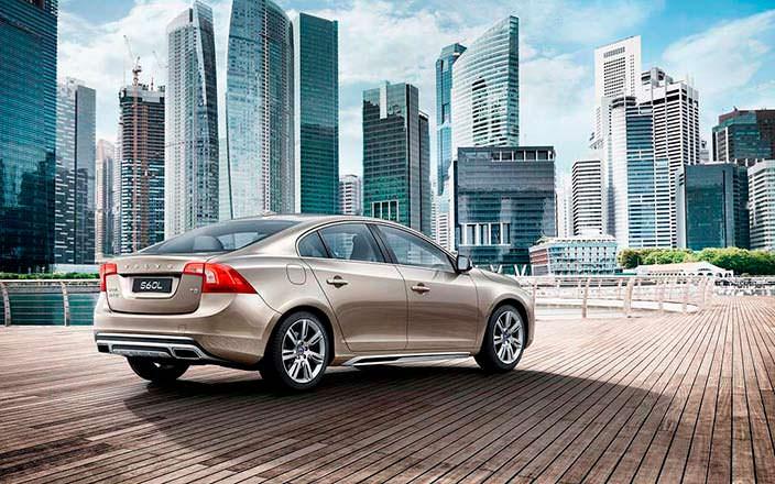 Фото | Volvo S60L: седан для Китая