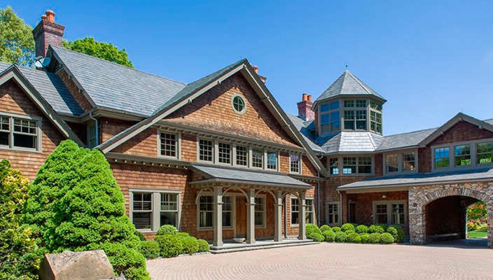 Брюс Уиллис купил особняк в штате Нью-Йорк | фото, цена