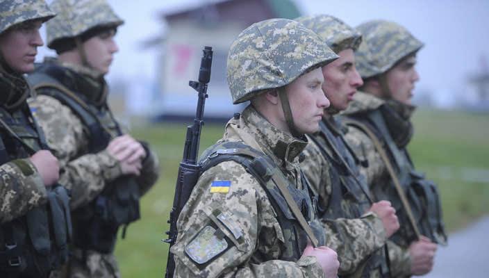 Минобороне не хватает на пропитание армии около 700 млн грн