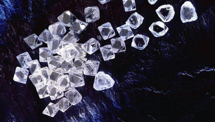 Экспорт бриллиантов из Индии в феврале вырос на 4%