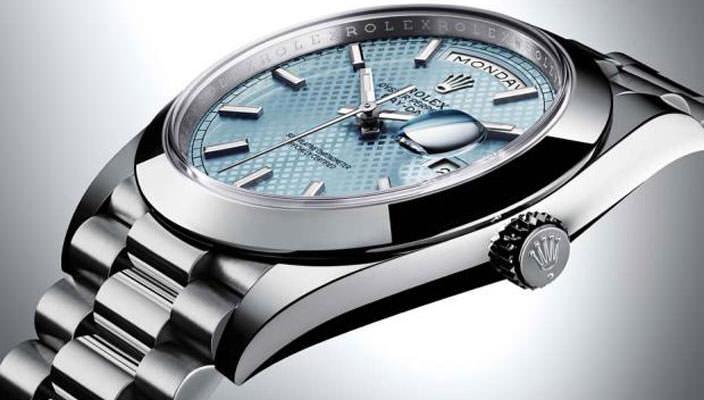 Вышли новые швейцарские часы Rolex Oyster Perpetual Day-Date