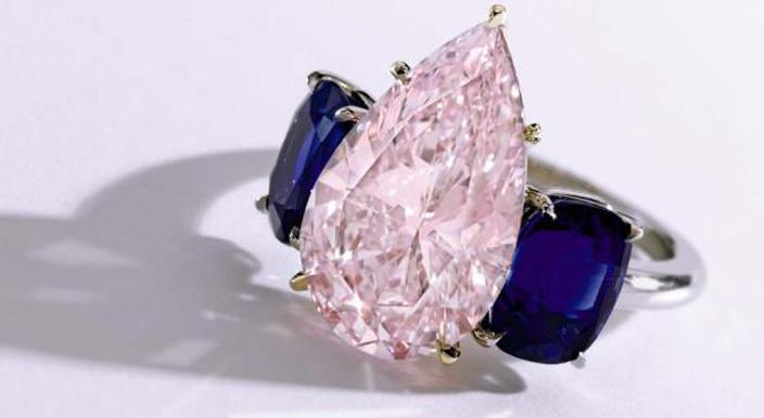 Весной состоится аукцион драгоценных камней Sotheby's   цены