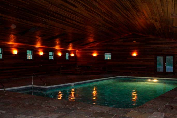 Фото   Дом с крытым бассейном