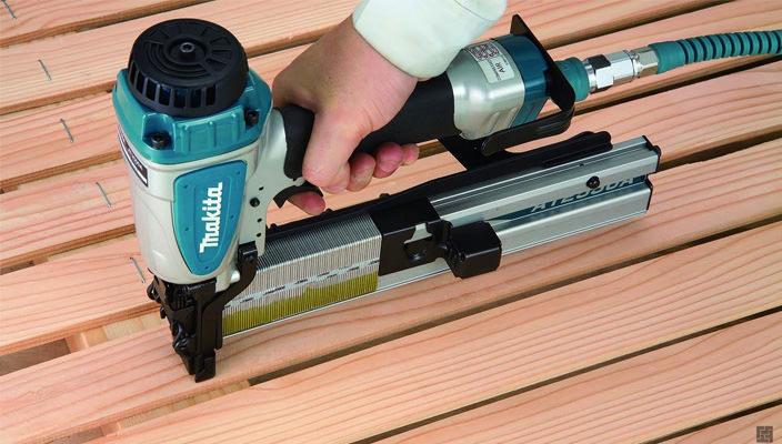 Для чего нужен строительный степлер? Где лучше купить?