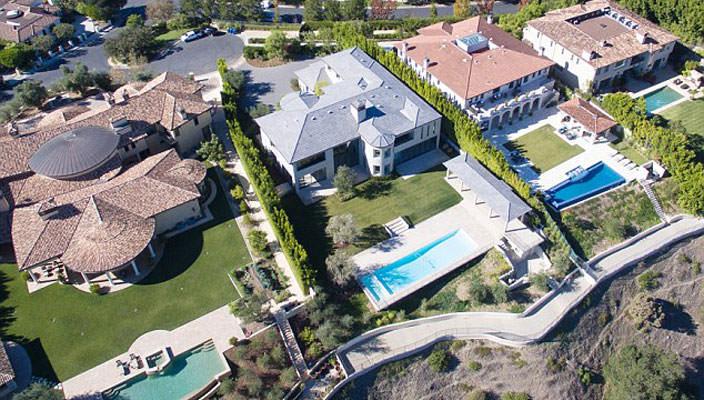 Ким Кардашьян и Канье Уэст продают дом в Бэль-Эйр | фото, цена