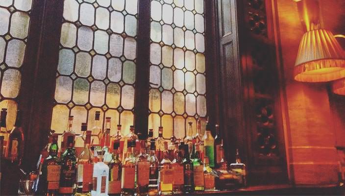 Коктейли из другой эры: бар в Нью-Йорке 1923 года