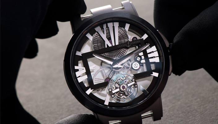 Часы-скелетоны Ulysse Nardin Executive Skeleton Tourbillon