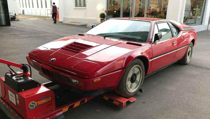 Почти новая BMW M1 1981 г. простояла в гараже 34 года   фото