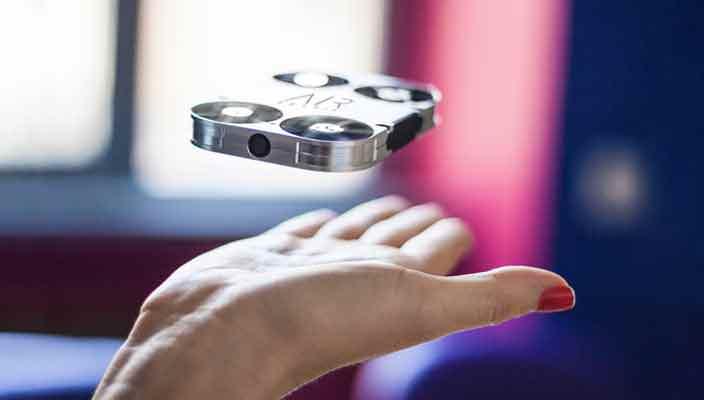 Карманный дрон для селфи AirSelfie | фото, видео, цена, хар-ки
