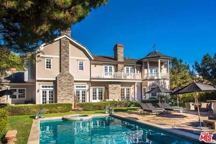 Дом Джессики Альбы в Беверли-Хиллз 90210