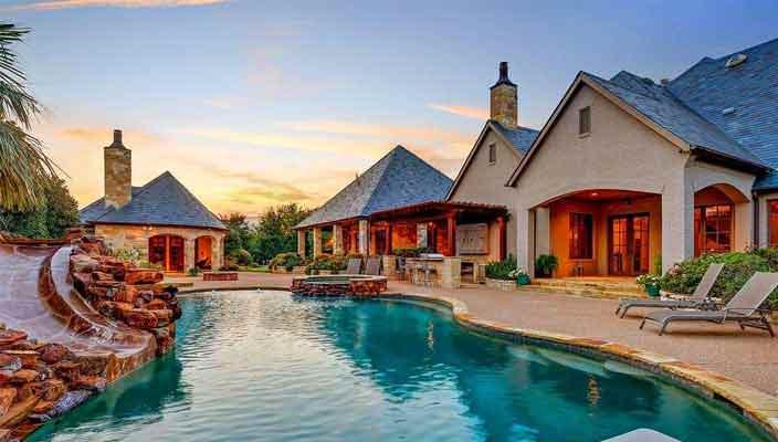 Селена Гомес продает шикарный дом в Техасе | фото и цена