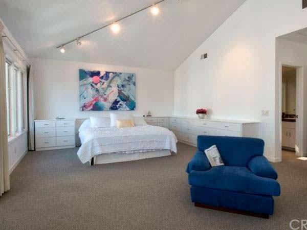 Спальня в пляжном доме Уоррена Баффета