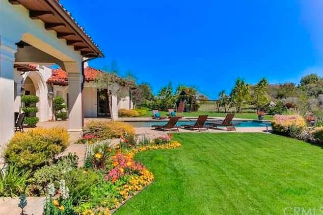 Дом в испанском стиле в Калифорнии