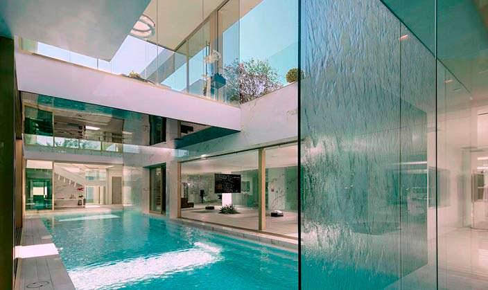 Бассейн в доме за $100 миллионов