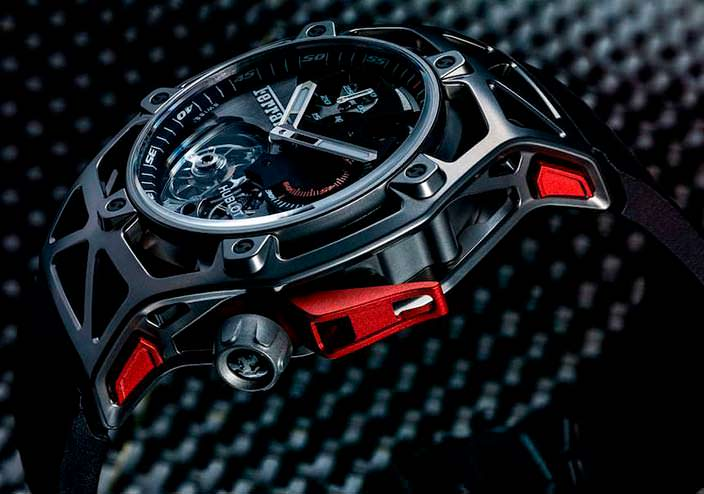 Юбилейные часы Hublot Techframe Ferrari Tourbillon
