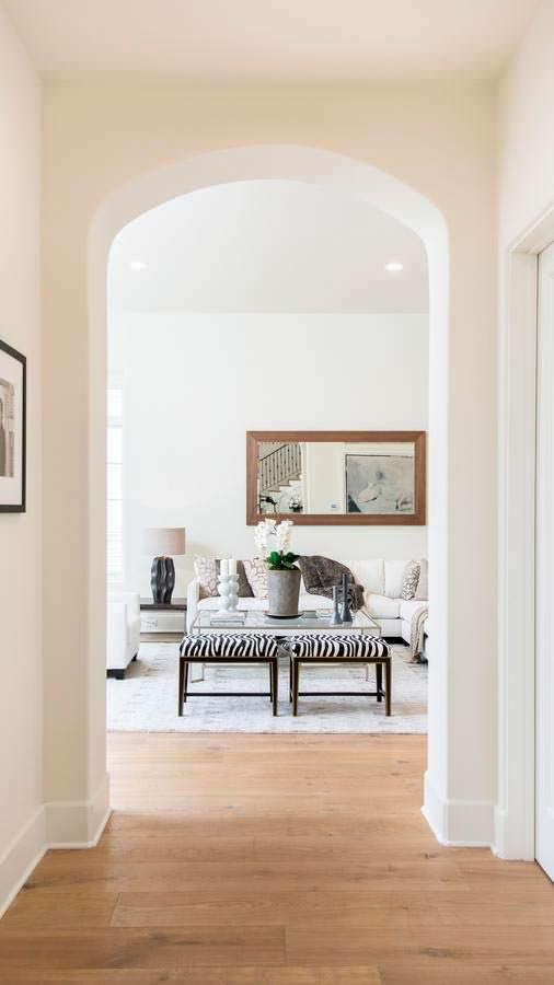 Фото | Дизайн гостиной в светлых тонах