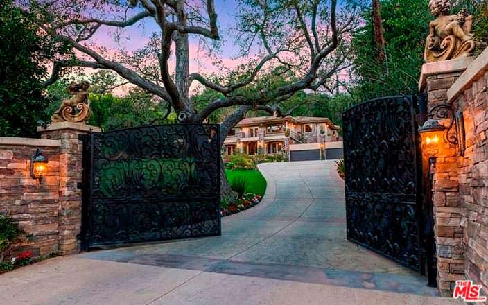 Фото | Дом Крис Дженнер в Студио Сити, Лос-Анджелес