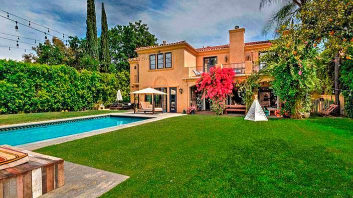 Фото | Дом в средиземноморском стиле Тори Спеллинг