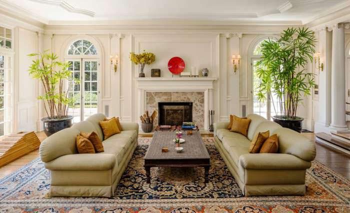 Фото | Дизайн гостиной с камином виллы в Лос Фелис