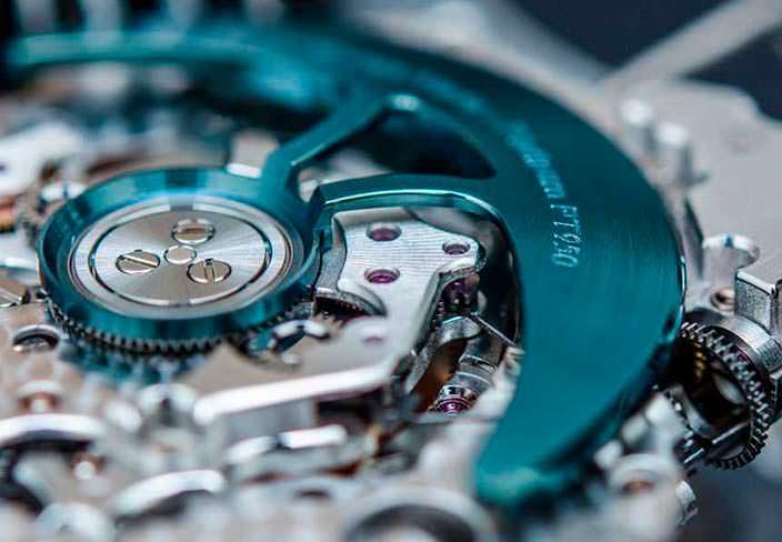 Фото   MB&F HM6: швейцарский часовой механизм