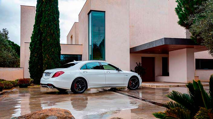 Рестайлинг Mercedes-AMG S63 W222