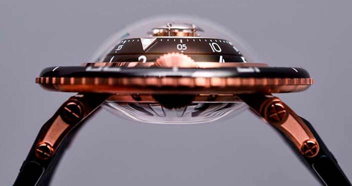 MB&F HM7 Aquapod - фантастические часы с турбийоном
