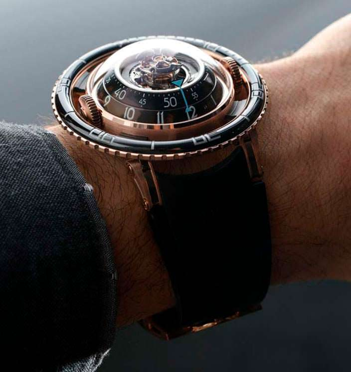 Швейцарские часы MB&F HM7 Aquapod