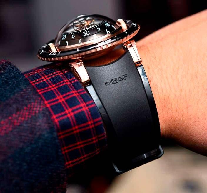 MB&F HM7 Aquapod: швейцарские часы на резиновом ремешке