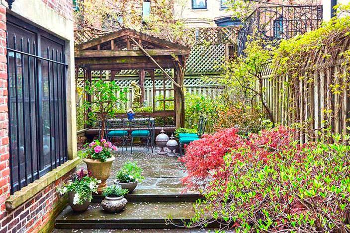 Дом в Бруклине с частным садом, где жил Барак Обама
