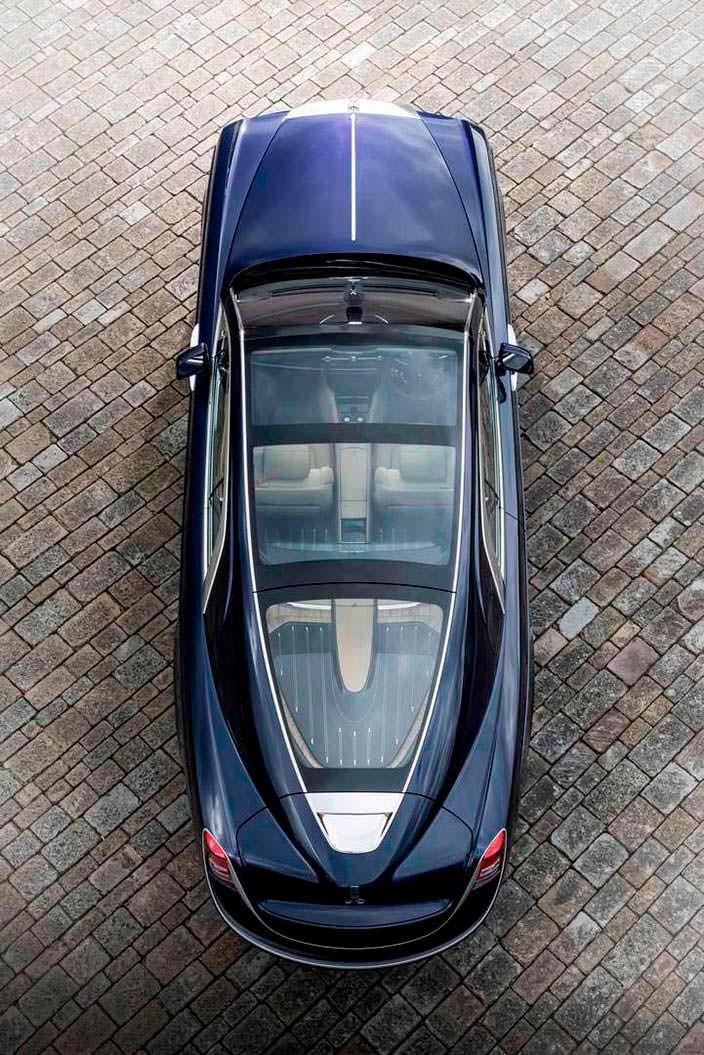 Дизайн Rolls-Royce Sweptail со стеклянной крышей