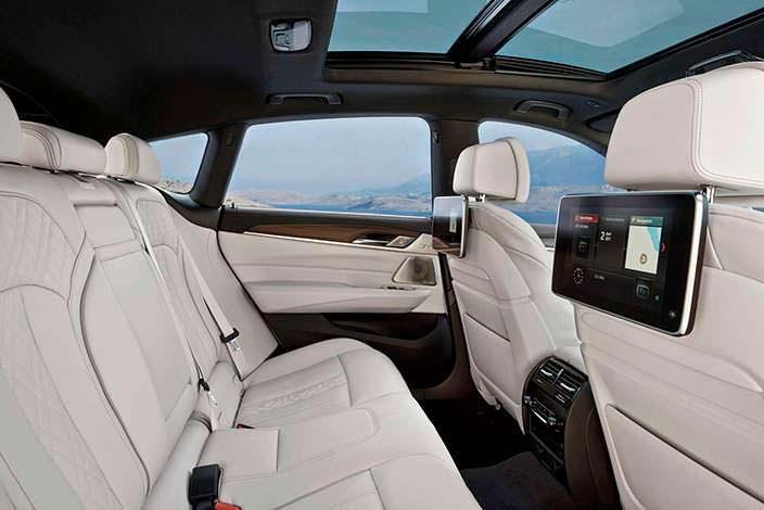 Задний ряд сидений BMW 6-Series Gran Turismo