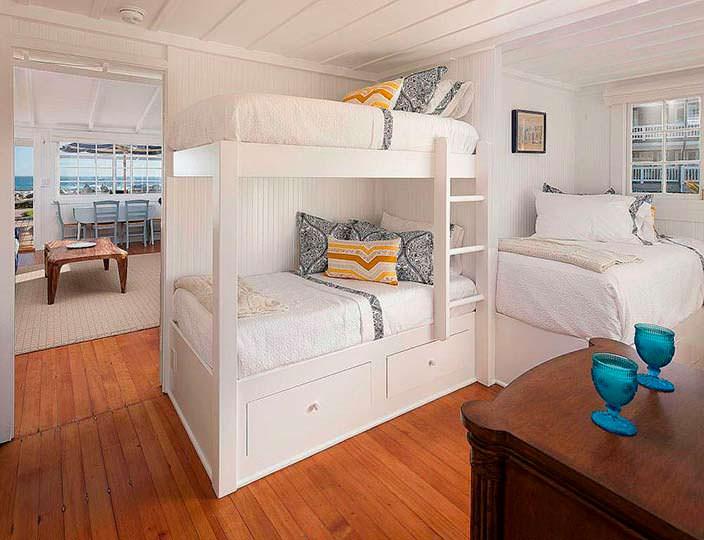 Дизайн детской спальни в доме Милы Кунис