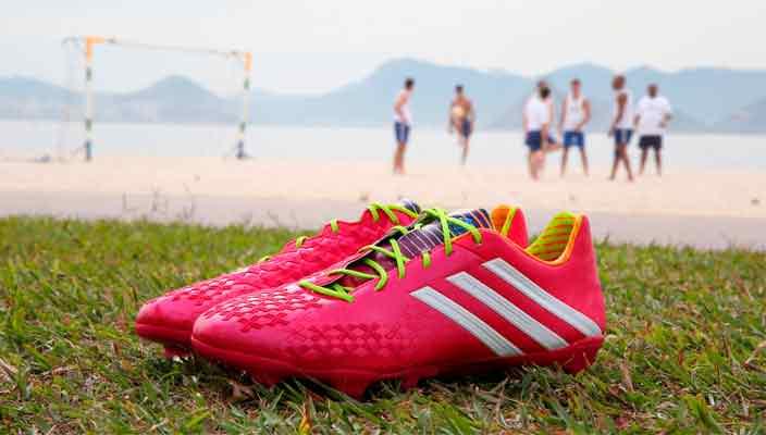 OneTeam: фирменные футбольные бутсы Adidas в Украине
