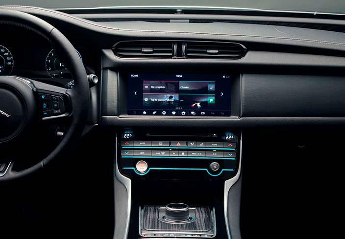 Центральная консоль Jaguar XF Sportbrake