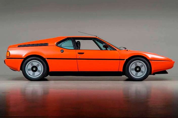 Суперкар BMW M1 1980 года в оригинальной краске