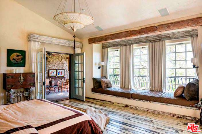Ретро-дизайн дома в Малибу актера Мела Гибсона