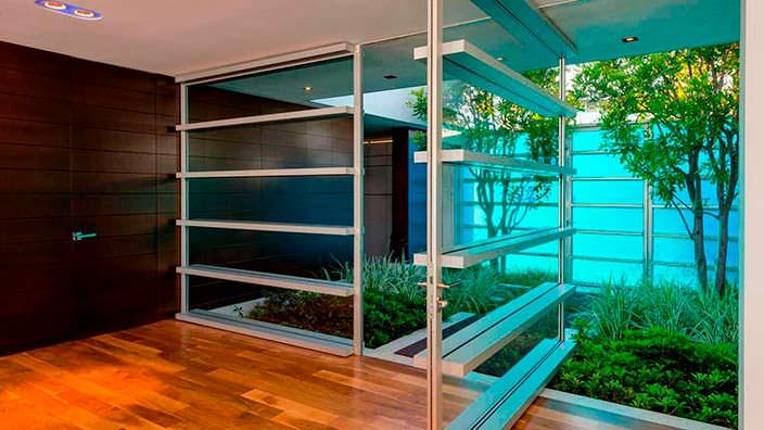 Дизайн дома Мэттью Перри на Бульваре Сансет