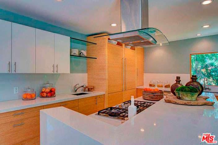 Мебель из бамбука на кухне