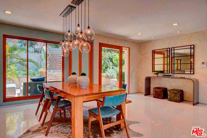 Интерьер столовой в доме Наташи Бедингфилд