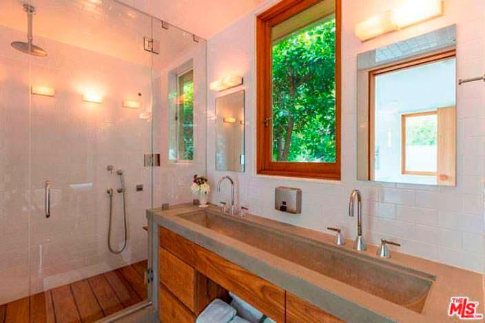 Индустриальный дизайн ванной комнаты