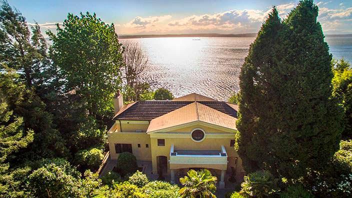 Дом на берегу залива Эллиот в Сиэтле диджея Райана Льюиса